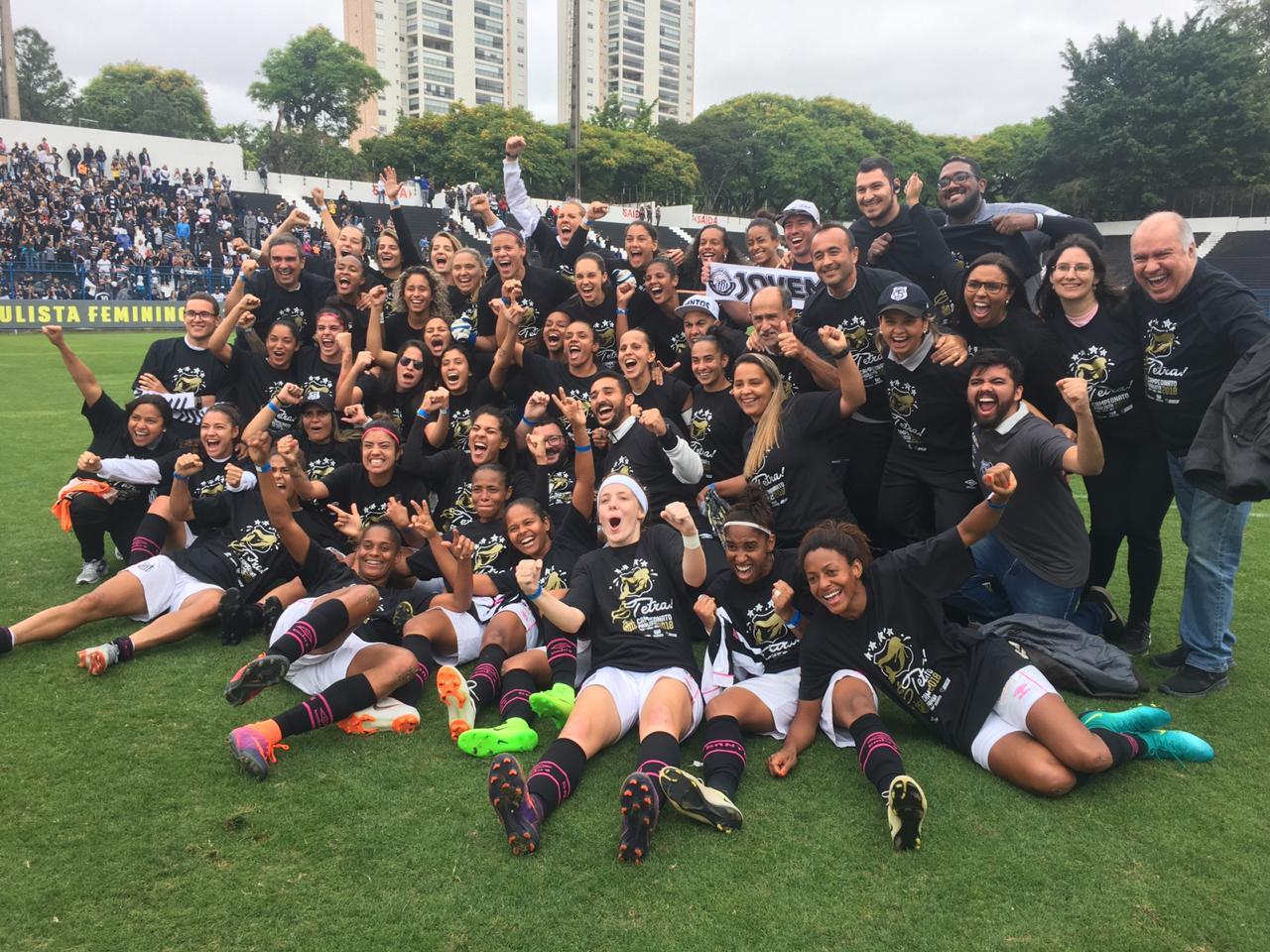 O Santos entrou em campo neste sábado para disputar o título do Paulista  Feminino já com a vantagem de ter vencido o primeiro jogo da final na Vila  Belmiro ... 85a4bf37dd191