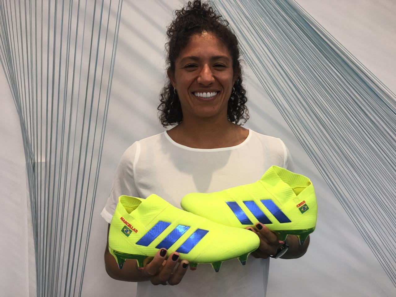 """4c80f0beab Cristiane vira embaixadora do futebol  """"Chuteiras podem inspirar meninas"""""""