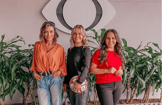 Equipe 100% feminina na TV Bandeirantes: Alline Calandrini, Milene Domingues e Isabelly Morais