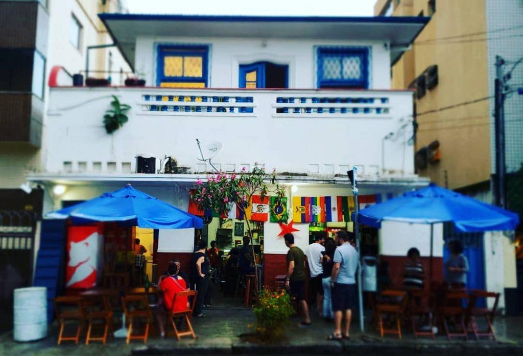 d2b966670 Polarização política inspira novos bares em BH - Blog do João Renato ...