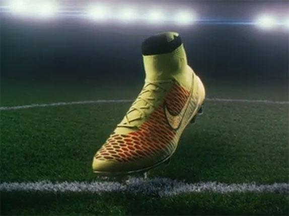 59f5bf8fb62ca A trapalhada da Adidas na chuteira-meião - Esporte - UOL Esporte