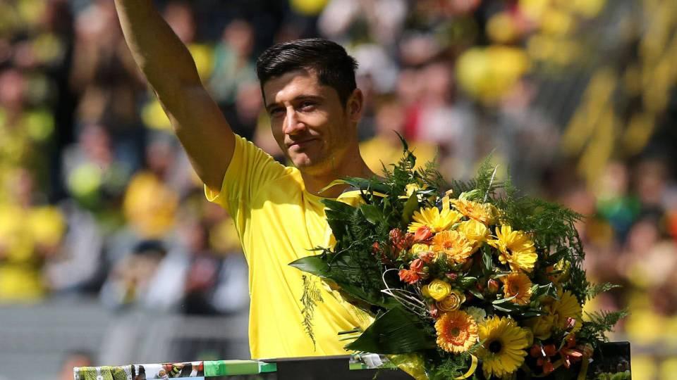 7 vezes em que a torcida do Dortmund impressionou o mundo - 20 03 ... daf2327efedf1