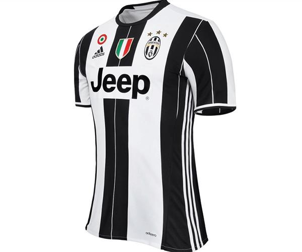 A camisa que será usada pelos jogadores pentacampeões italianos na próxima  temporada está à venda na loja oficial do clube por 119 e8c9da287049c