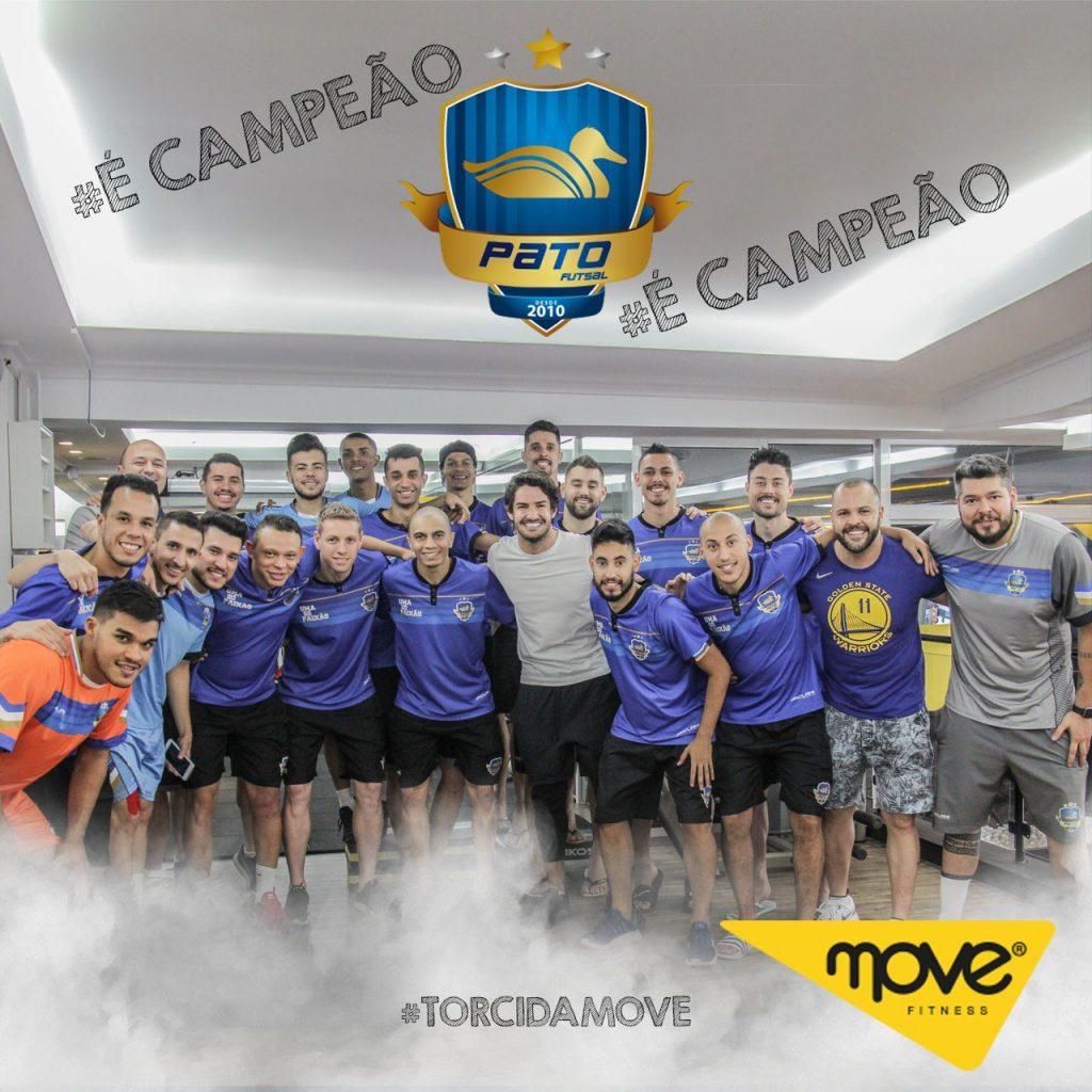 Pato celebra título de equipe conterrânea na Liga Nacional de Futsal ... 275095ef43d06