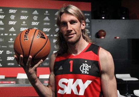 5c2a8fa9f9 Herrmann supera drama familiar e quer título Mundial com o Flamengo ...
