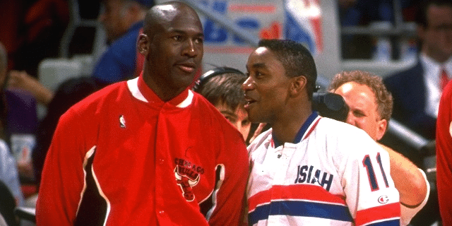 af962ba580 Isiah Thomas ficou de fora do Dream Team e o motivo foi Michael ...