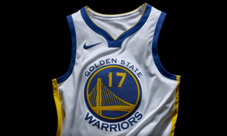 cc1a18add9 Maior marca de esportes do planeta, a Nike divulgou ontem detalhes das  camisas da NBA que terão a sua logomarca nos uniformes das 30 franquias da  liga ...