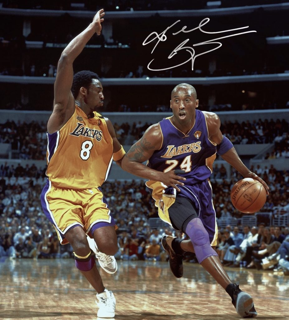 0203d54f Dia emocionante pra quem gosta de basquete hoje. O Los Angeles Lakers vai  aposentar as 2 camisas que Kobe Bryant usou em sua carreira – 8 e 24.