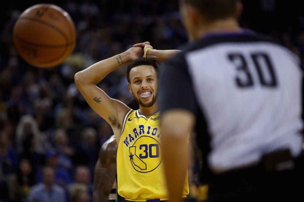 d7391cb55 Surra em casa e lesão de Curry - a noite de pesadelo do Warriors na ...
