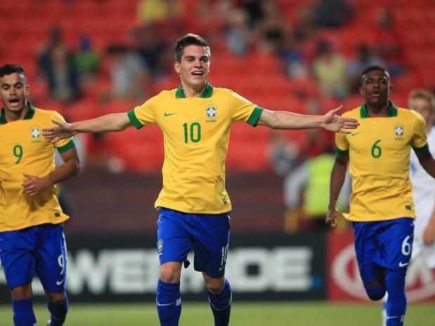 O meia Nathan do Furacão foi um dos destaques do Mundial sub-17