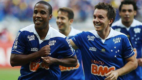 Cruzeiro da dupla Borges e Dagoberto fez a festa em 2013