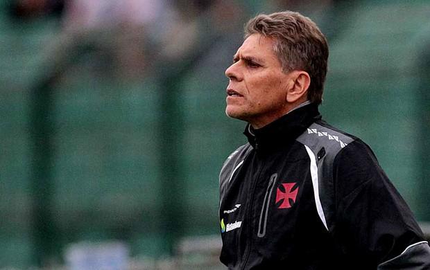 Autuori foi um dos responsáveis por rebaixar o Vasco em 2013