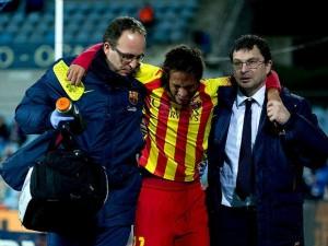 Neymar torceu o tornozelo contra o Getafe pela Liga Espanhola