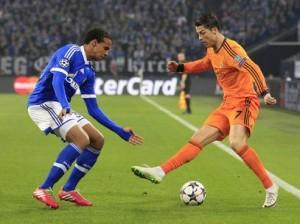 Cristiano Ronaldo marcou dois gols contra o Shalke 04