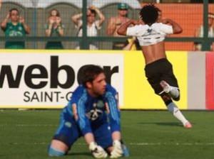 Atacante corintiano tem 4 gols em 3 jogos contra o Verdão