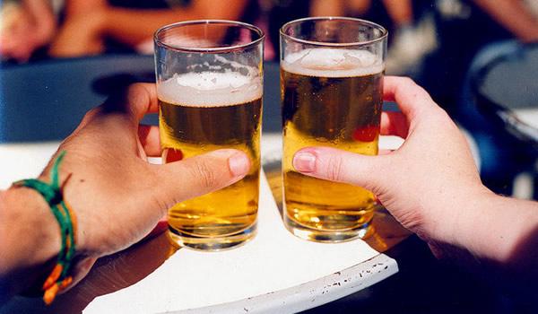 Antigamente serviam cerveja no controle antidopagem