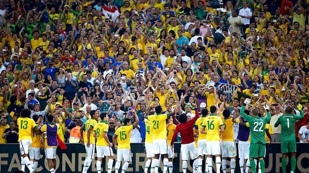 Torcida brasileira faz a festa com título da Copa das Confederações