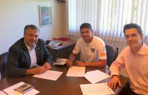 Adalberto Batista renovou contrato do Denílson por 4 anos