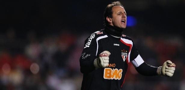 Rogério Ceni tem 114 gols em 1135 jogos na carreira