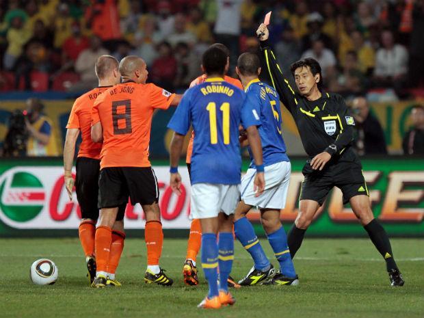 Japonês expulsou Felipe Melo na África do Sul
