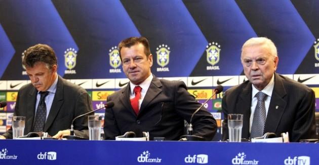Coletiva da apresentação do Dunga como técnico da Seleção Brasileira