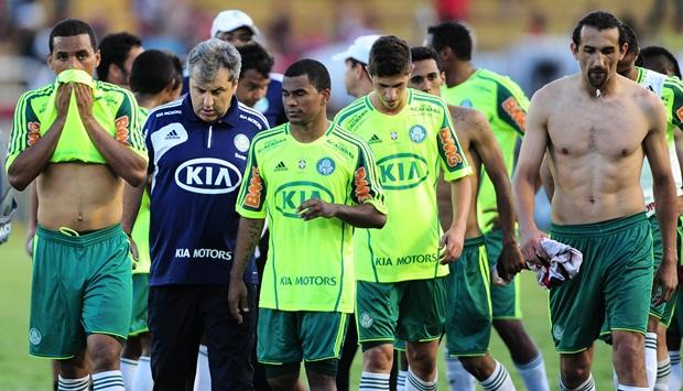 Palmeiras foi rebaixado a segunda vez em 2012
