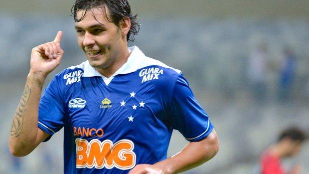 Ricardo Goulart é o atual artilheiro do Brasileirão com 8 gols