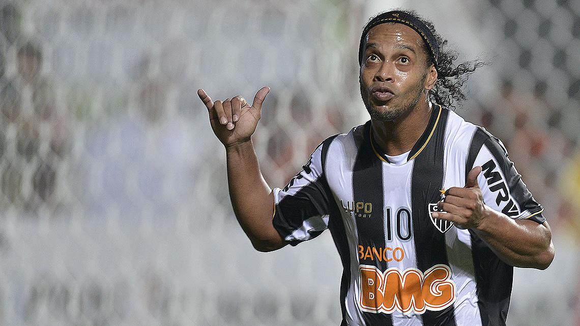 783dba6815 O meia foi decisivo na conquista atleticana da Libertadores de 2013