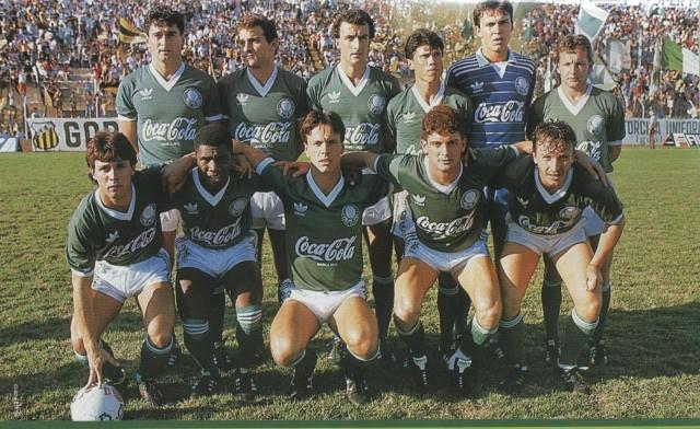 PALMEIRAS - 1989. Em Pé: Darío Pereyra, Toninho, Júnior, Édson, Velloso e Abelardo. Agachados: Mauricinho, Gérson Caçapa, Gaúcho, Edu e Neto