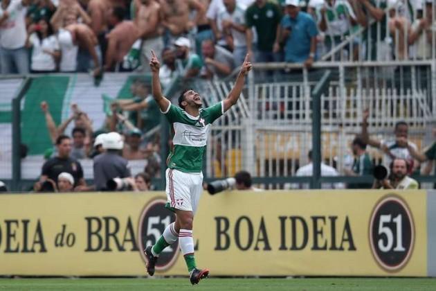 Henrique é o artilheiro do Brasileirão com 15 gols
