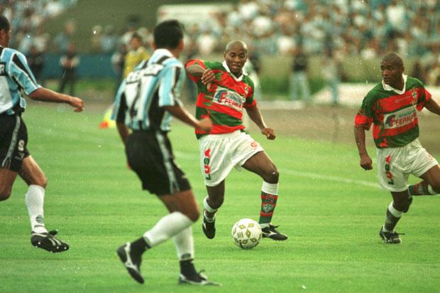 Zé Roberto foi um dos líderes da Lusa no vice-campeonato do Brasileirão de 96