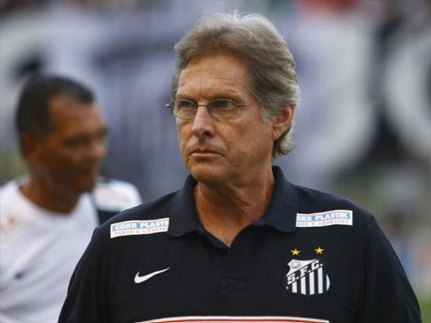 Oswaldo de Oliveira é o preferido do gerente Edu Gaspar