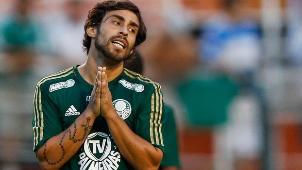 Chileno teve suspensão adiantada e não encara o líder Cruzeiro