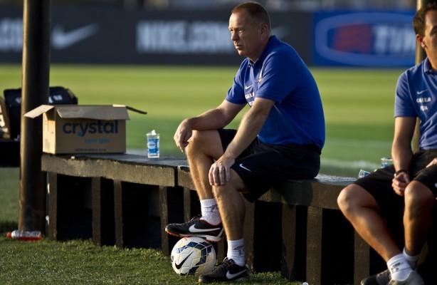 Atual treinador segue agradando parte da diretoria do Corinthians