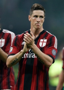 Emprestado do Chelsea, Torres vem decepcionando no Milan