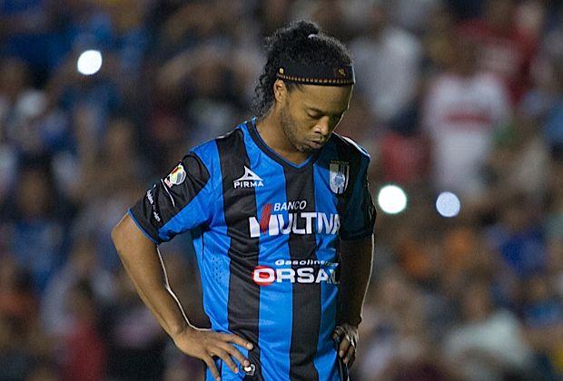 Ronaldinho não se apresentou no Querétaro para o início da pré-temporada
