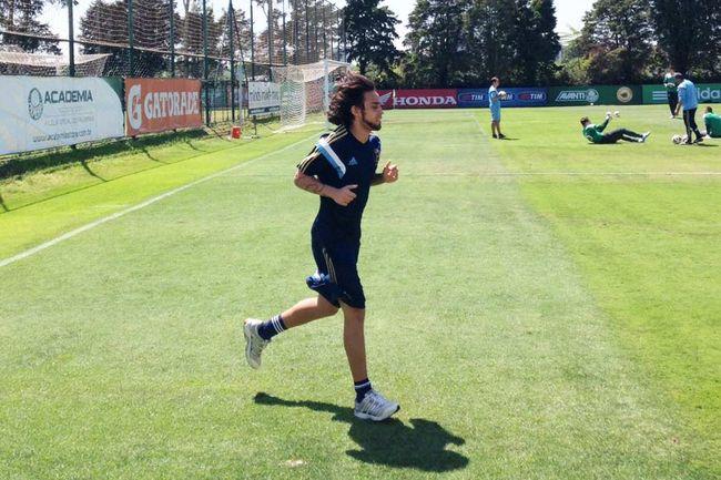 Valdívia vazou do Palmeiras e foi se tratar no Chile