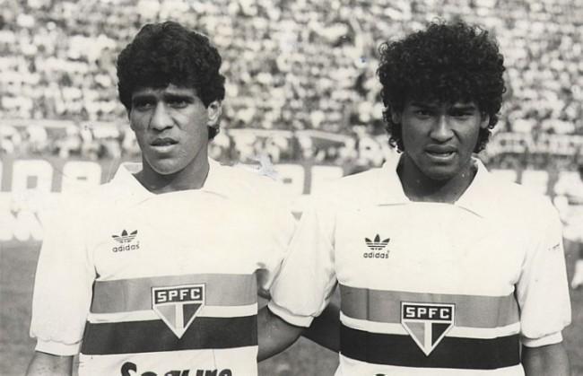 Silas (esq) e o inseparável amigo Müller nos tempos de São Paulo