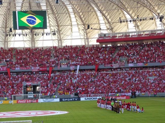 Programa de sócio-torcedor bem sucedido: torcedor colorado lota o Beira-Rio