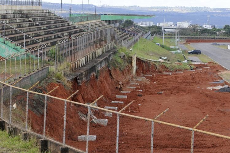 29/06/2015. Crédito: Carlos Vieira/CB/D.A. Press. Brasil. Brasília - DF. A situação do Autodromo Internacional Nelson Piquet.