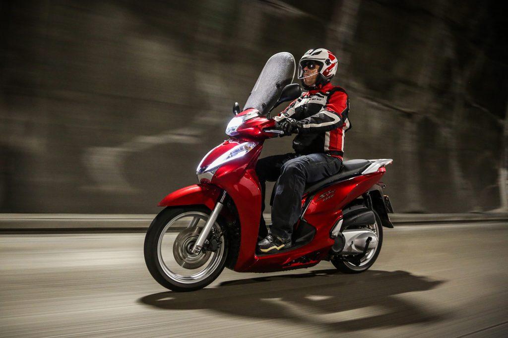 30 Dias Com O Honda Sh 300i Cidade E Estrada Blog Da Infomoto Uol