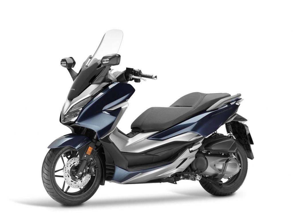 novo scooter honda forza 300 ganha visual moderno e at controle de tra o blog da infomoto uol. Black Bedroom Furniture Sets. Home Design Ideas