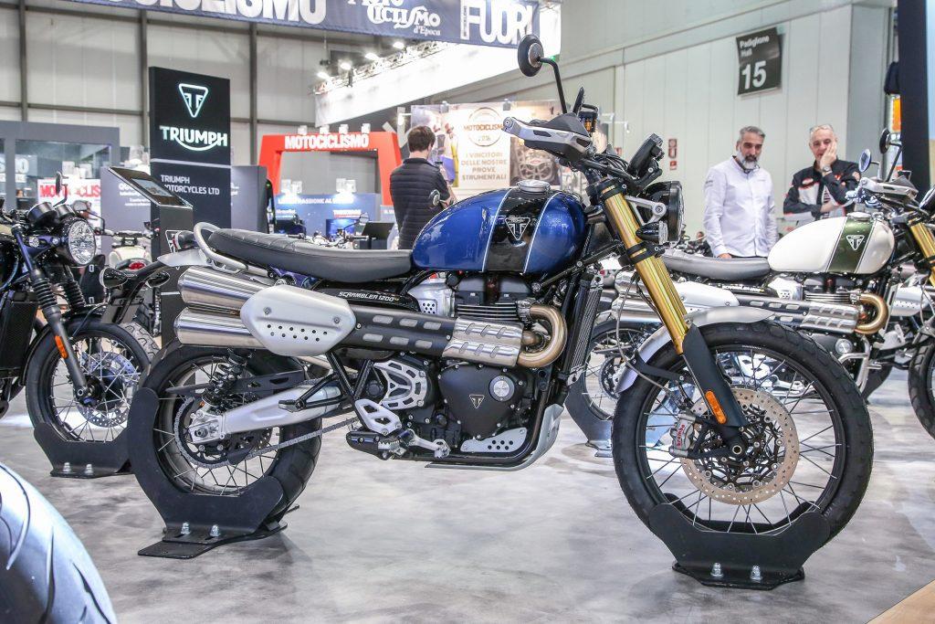 Flagra: Ducati já testa versão streetfighter com motor da