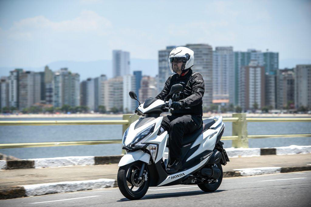 Honda Lança Elite 125 Scooter De R 8250 Que Faz Mais De 50 Kml