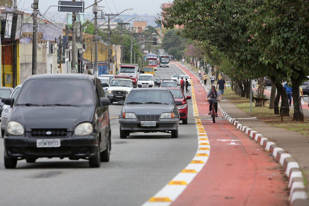663AOGUIDÃO_ROUBOS_FURTOS_2-1024x682 Descubra onde e quando acontecem os roubos e furtos de motos em São Paulo.