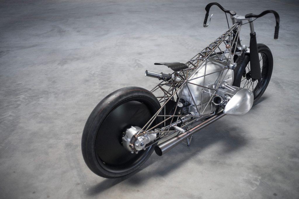 665MUNDOMOTO_BMW_1800_4-1024x683 Para os fãs de motos,   BMW desenvolve novo motor boxer de 1.800 cc para brigar com a Harley