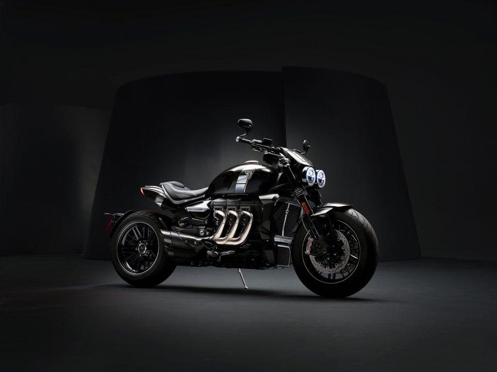 Nova Triumph Rocket 3 TFC é moto com maior motor do mundo