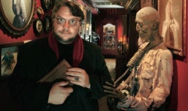 """Del Toro e uma parte muito pequena de seu """"terrário""""."""