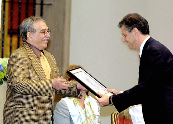 entrega do prêmio FNPI (Fundación Nuevo Periodismo Iberoamericano), em Monterrey, no México