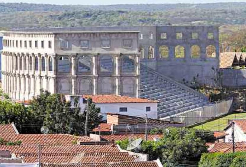 Coliseu-CE-b